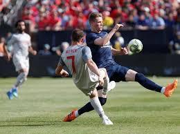 Liverpool Hajar MU 4-1