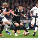 Ajax Kalahkan Spurs 1-0