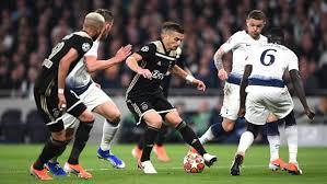 Ajax Tundukkan Spurs 1-0