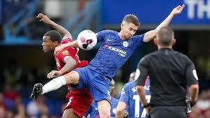 Liverpool Atasi Chelsea 2-1