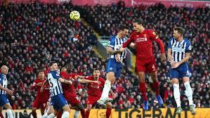 Liverpool Atasi Brighton 2-1
