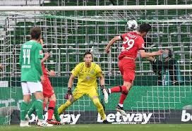 Leverkusen Hajar Bremen 4-1