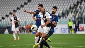 Juventus Hajar Lecce 4-0