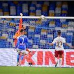 Napoli Kalahkan AS Roma 2-1
